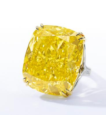Un extraordinaire diamant jaune fancy vivid de la collection du joaillier Graff.